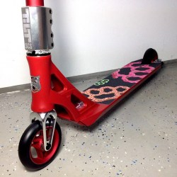 Custom-Scooter-Addict-Aztek-Red1
