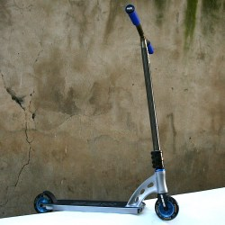 Custom Scooter Charge Grey/Blue